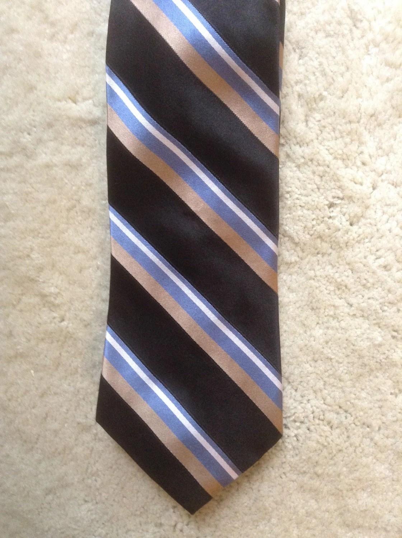 Striped Tommy Hilfiger Mens Necktie / Silk Designer Mens Tie