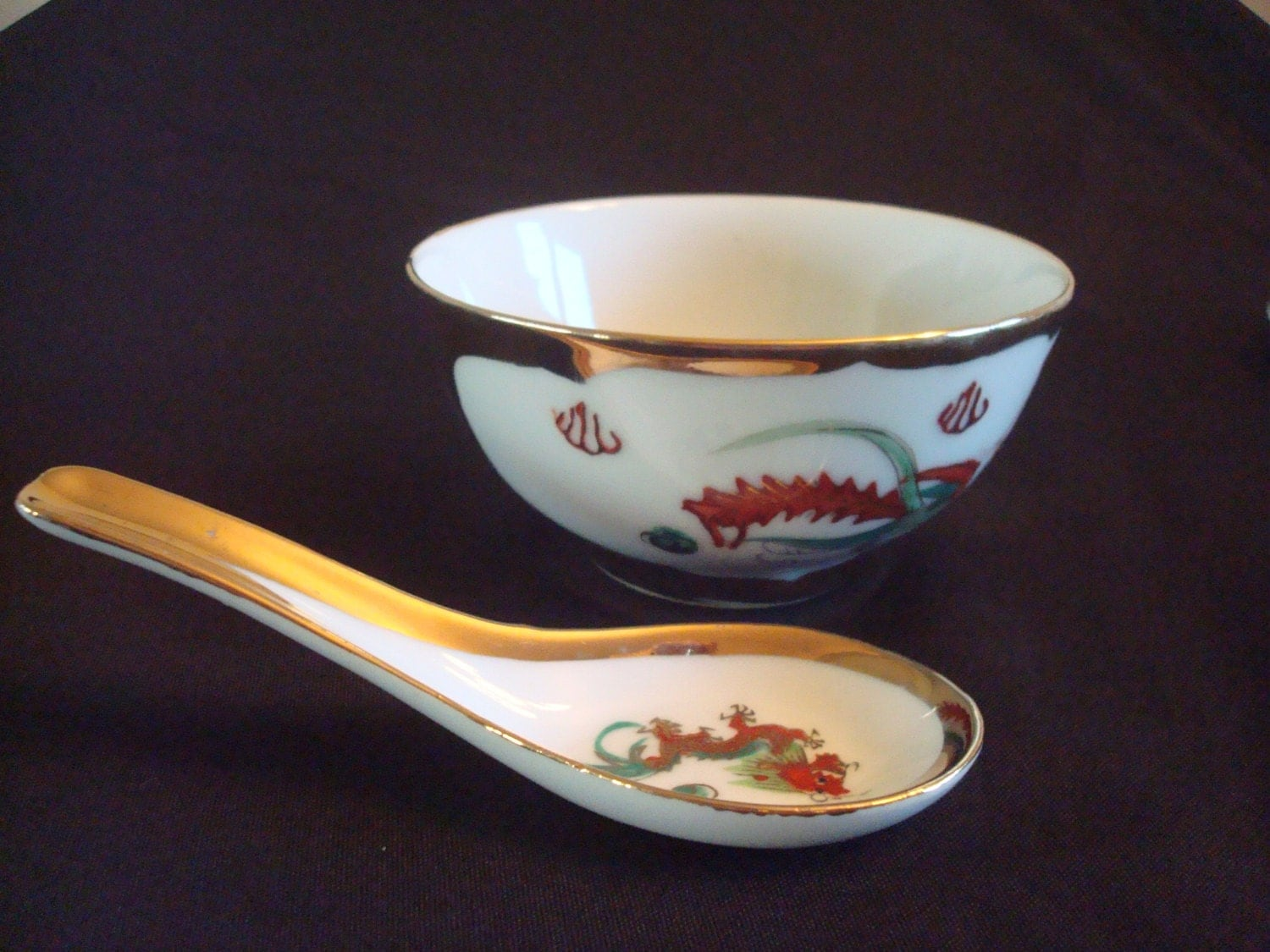 Vintage Chinese dragon design rice or soup bowl and spoon set