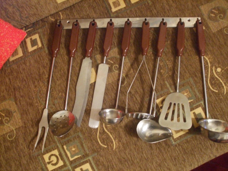 Lot of 9 OLD Vintage Kitchen Utensils Gadgets Bakelite