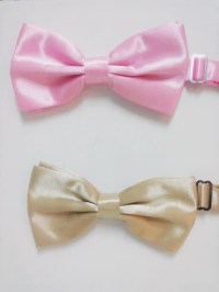 Items similar to Pink Bow Tie, Light Pink Bow Tie ...