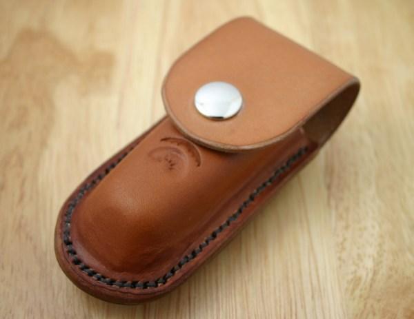 Pocket Knife Holder. Tan Leather Holder Belt