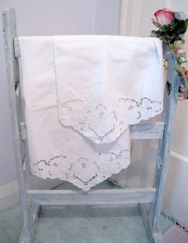 Bedding Two Battenburg Lace Pillow Cases Envelope