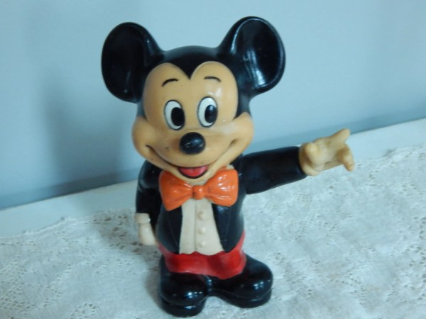 Vintage Mickey Mouse Coin Bank Plastic Hong Relicredo