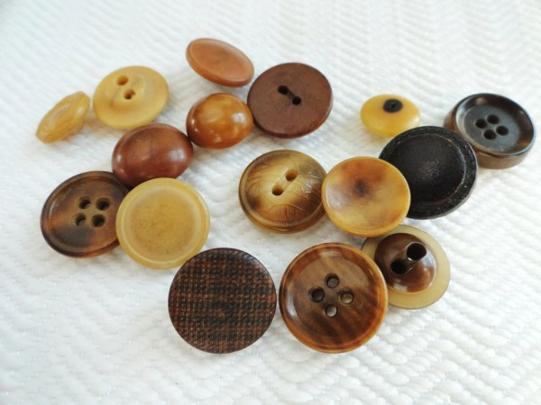 Antique Vegetable Ivory Buttons Early 1900s Vintage Tagua