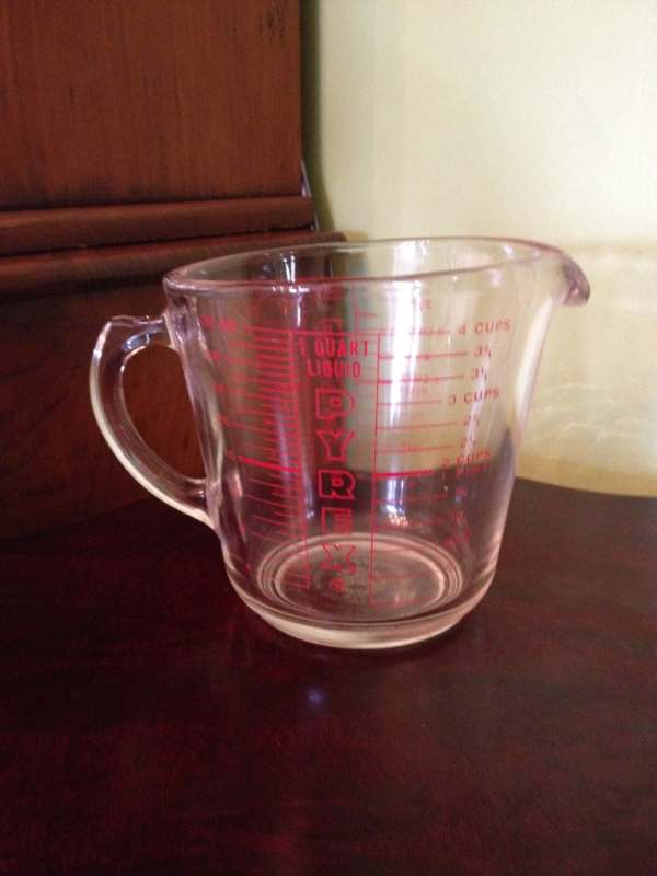 Vintage Pyrex Glass Measuring Cup 4 532 Thesuburbanpicker