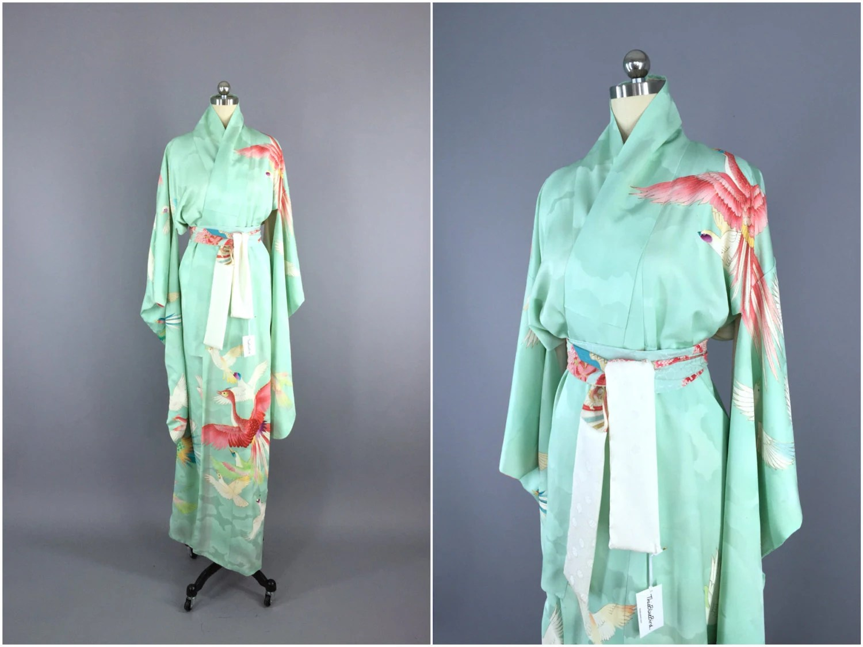 Vintage 1960s Silk Kimono Robe / Dressing Gown 60s Silk Robe