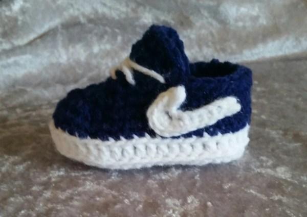 Crochet Baby Nike Cortez