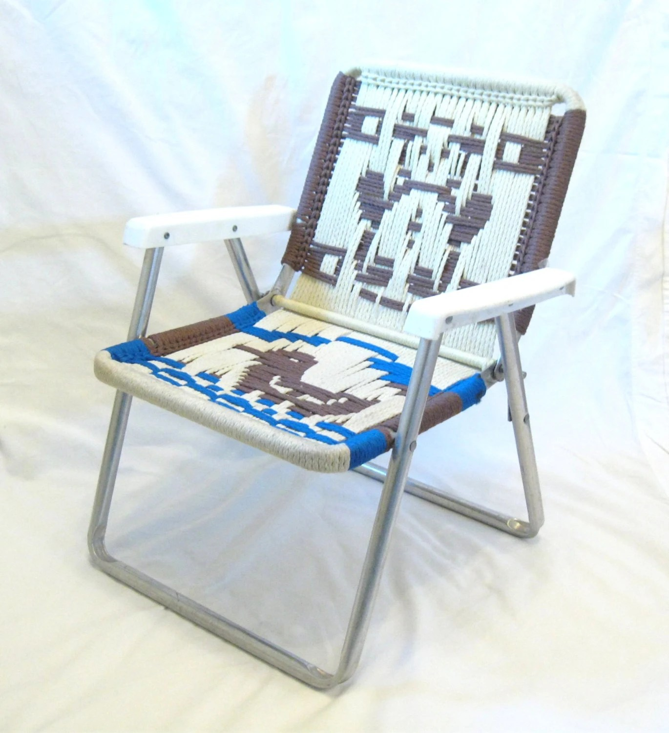 childs lawn chair ladder back restaurant chairs vintage macrame with bear and duck kid