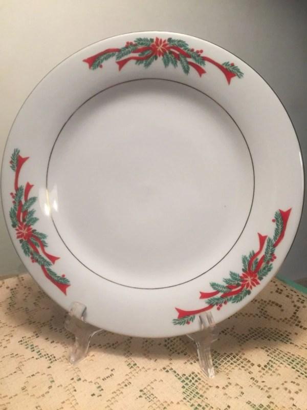 Tienshan Fairfield Poinsettia Ribbon Dinner Plate