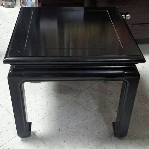 Vintage chinoiserie asian style black laquer end table for Antique chinese tables for sale