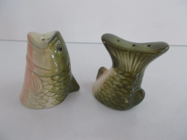 Vintage Fish Salt And Pepper Shakers Backintimetrinkets