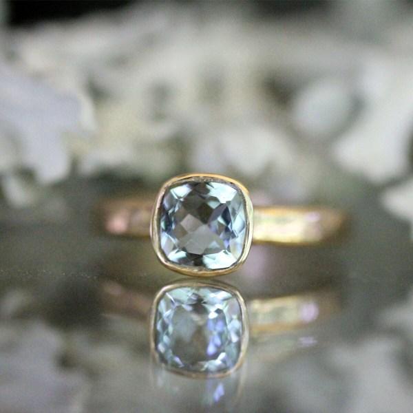 Genuine Aquamarine 14k Yellow Gold Ring Gemstone