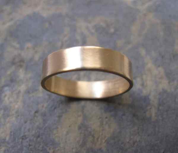 Men' Thick Gold Band Ring Wedding
