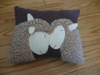 Primitive Wooly Sheep Pillow.....I Love Ewe