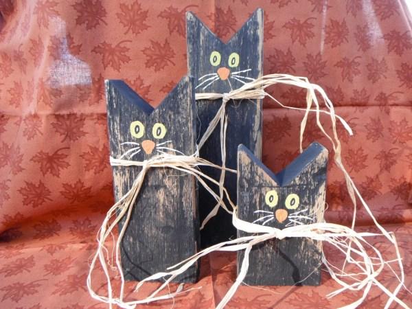 Folk Art Black Cat Trio Wooden Home Decor Halloween Primitive