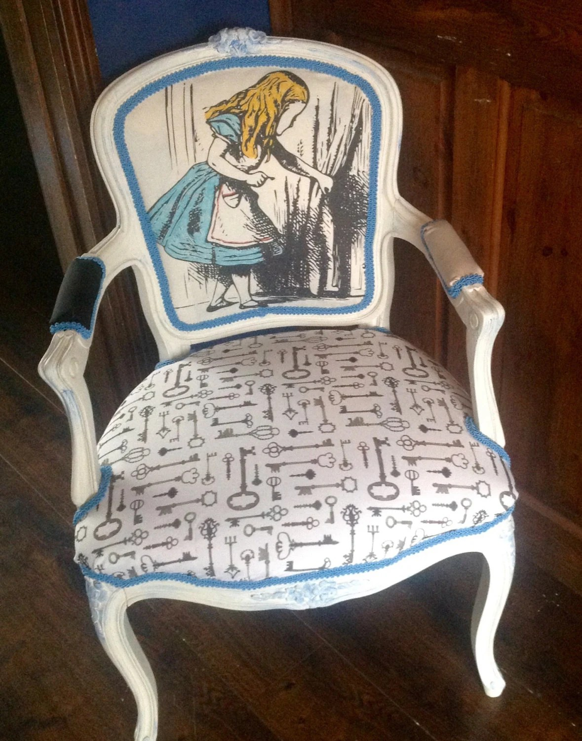 alice in wonderland chair pre owned tables and chairs inspired louis by vintageaurorarose