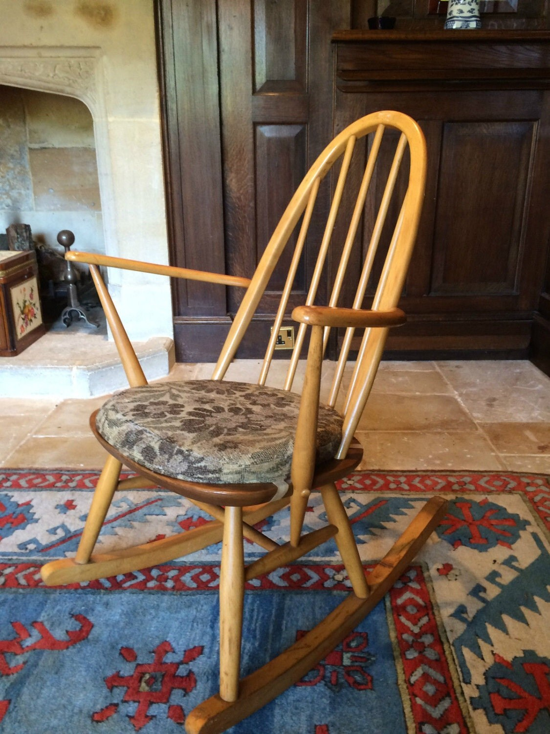 windsor rocking chair cushions covers wedding norfolk antique ercol quaker style shabby chic