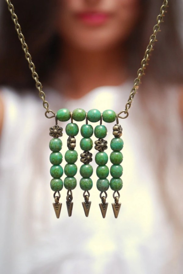 Greenery Boho necklace Green necklace Tribal necklace arrow
