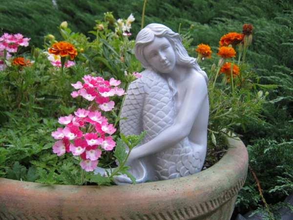 Concrete Mermaid Statues Garden Decor
