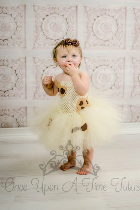 Adorable milk and cookies costume for twins