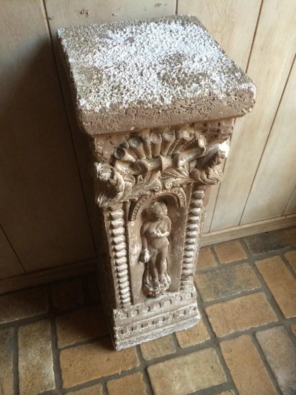 Reserved.antique Plaster Column Greek Roman Pedestal