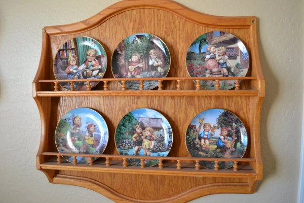 Decorative Wall Plate Display Holder