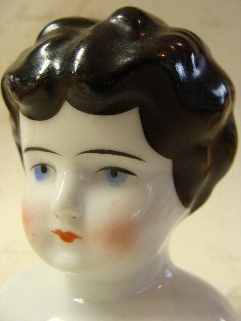 Antique Gorgeous Porcelain Doll Head