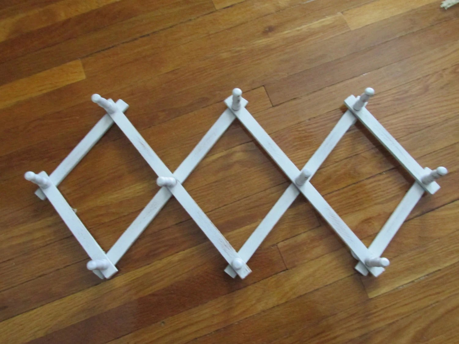 Accordion Peg Rack White Wood By Luruuniques On Etsy