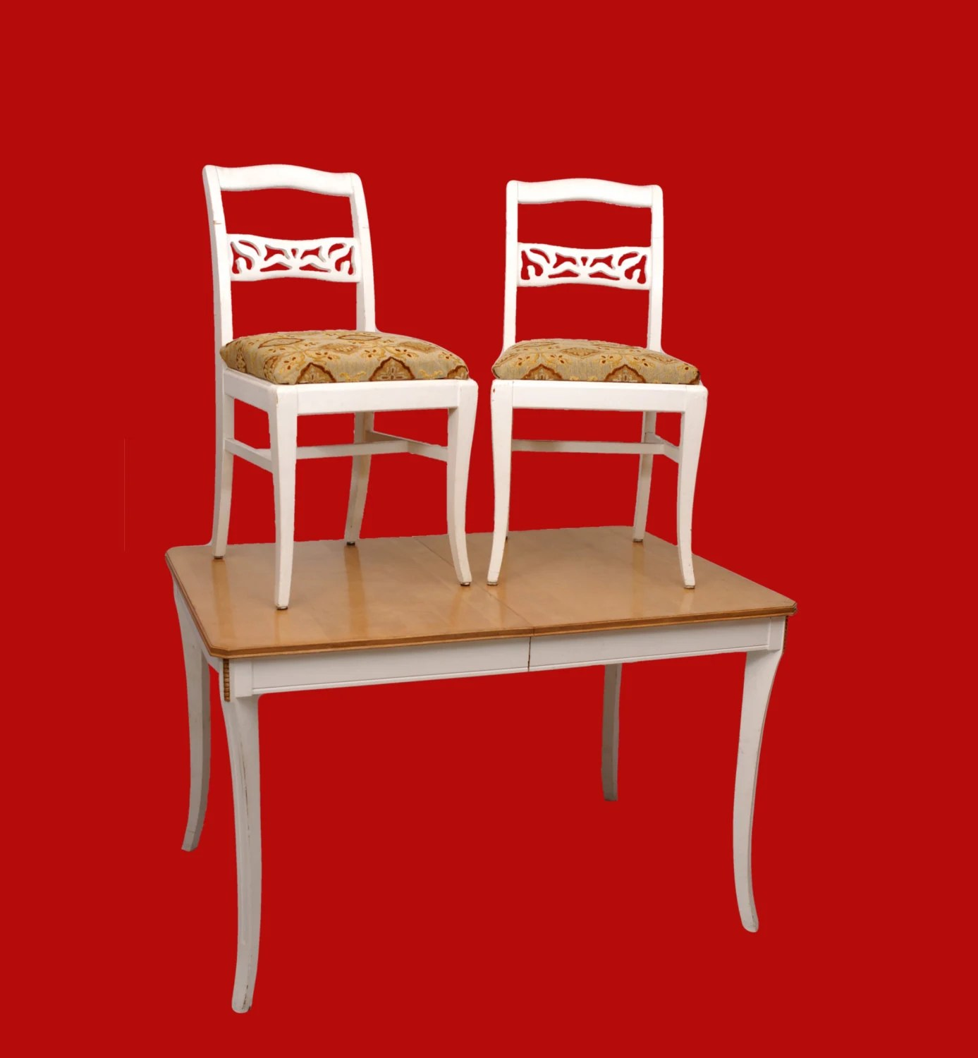 white painted table and chairs helinox ground chair blonde kitchen w 2