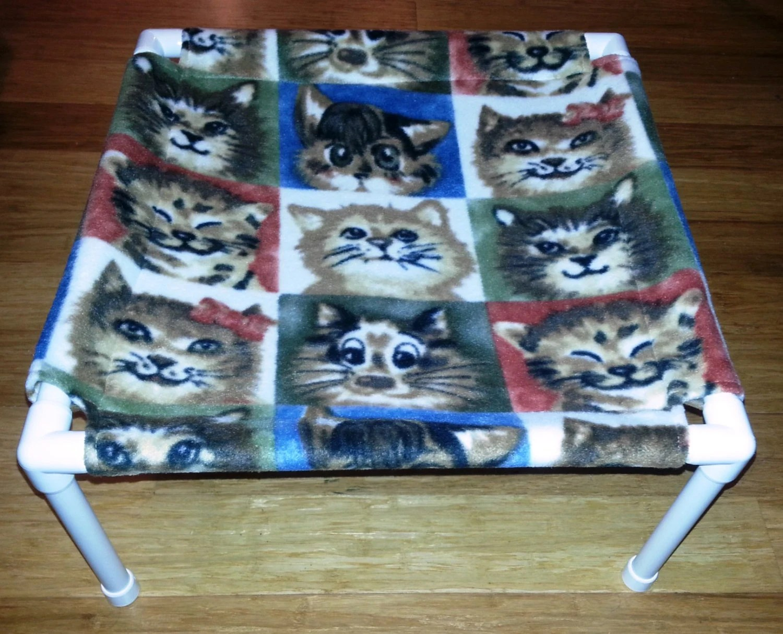 The Pet Hammock Fleece Fabric Cat Faces Pattern