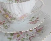 Victorian tea cup and sau...