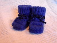Hand knit baby booties Mary Jane by knittwice on Etsy