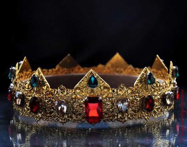 Gold Dolce Male Crown Royal King