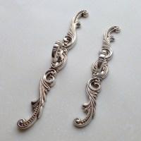 Shabby Chic Dresser Drawer Pulls Handles / Antique Silver
