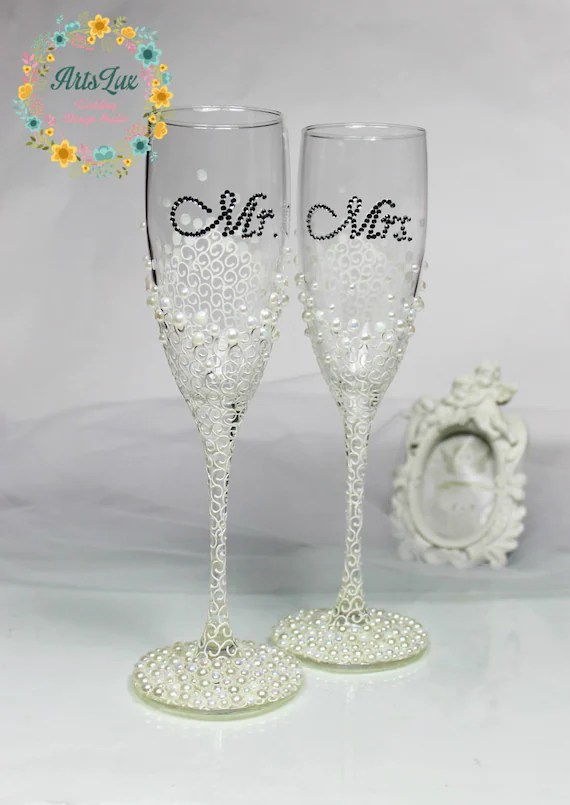 Personalized Wedding champagne glasses in ivorywhiteHand