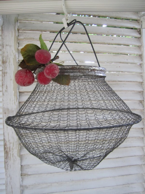 Vintage Collapsible Wire Basket