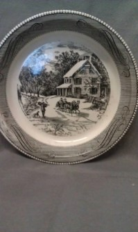 Royal China Jeannette Corporation USA Pie Plate
