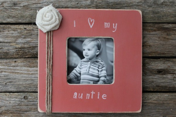 Auntie Frame Coral Favorite