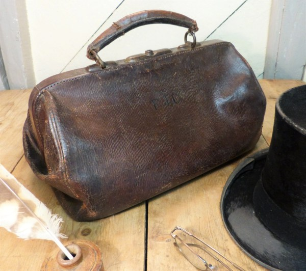 Vintage Leather Bag Gladstone Victorian