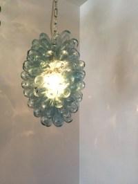 Light fixture of hand