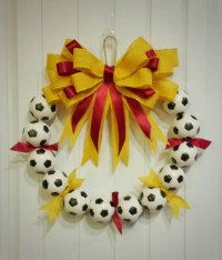 Soccer Wreath Perfect soccer futbol decor by SarahBerryDesigns
