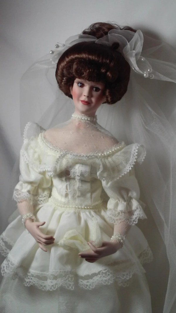 Brynn Wiccan Wicca Porcelain Haunted Bride Doll Gibson Girl
