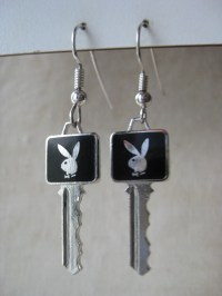 Playboy Bunny Key Earrings Pierced Wire Enamel Black Silver
