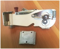 Vintage White Dazey Deluxe Wall Mounted Can Opener Retro Can