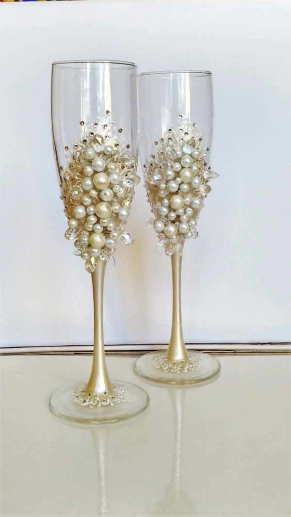 Personalized Wedding Flutes Champagne