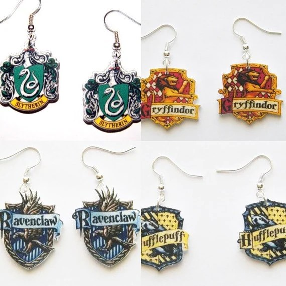 Hogwarts House Crest Harry Potter Earrings -30+ Harry Potter Gift Ideas for the Harry Potter Lover in your life. This gift guide includes clothing, home decor, food and anything else Harry Potter! thekeeledeal.com