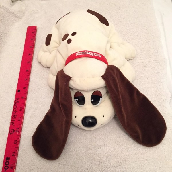 Vintage Large Pound Puppies Plush Toy