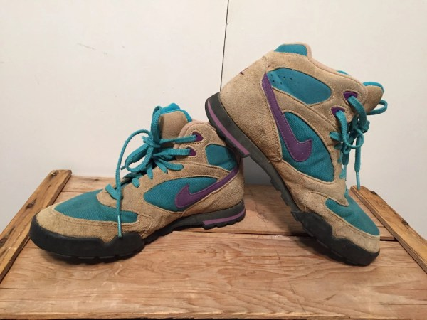 Vintage Early 90s Nike High Top Hiking Boot Womens Size 7