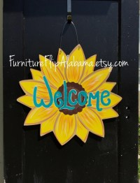 Sunflower wood door hangerSunflower door hanger Sunflower