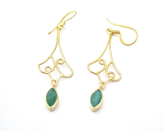 Long emerald earring